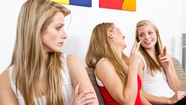 話がスルーされてしまう人の会話に共通する2つの傾向