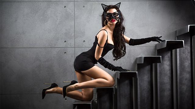 男子の前でかわいこぶる「猫かぶり女子」の本性を暴け!
