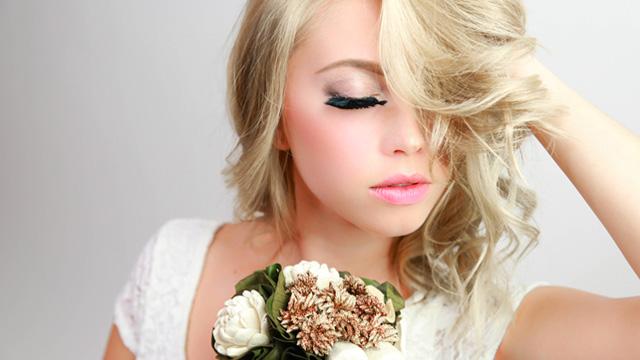 ガサツ女子から卒業!可愛く生まれ変わるための5つの方法