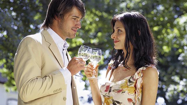 男性を無意識にそそる!女性の可愛いお酒の酔い方って?