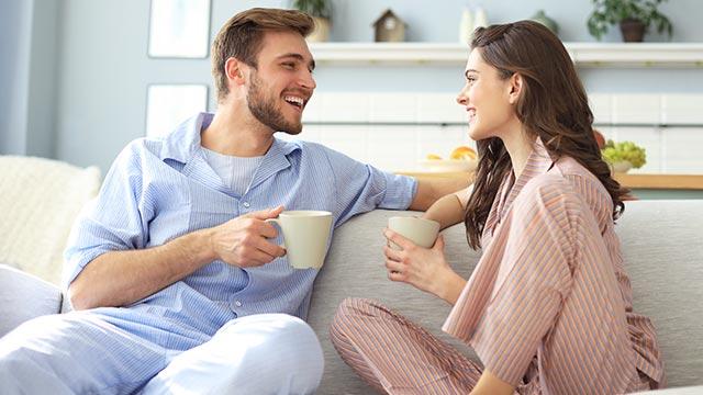 夜から朝へセックスの時間を変えた女性が語る「朝セックスのメリット」