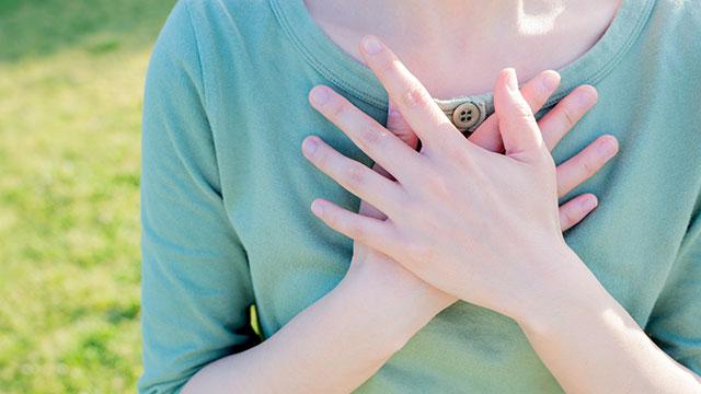 胸が小さくても大丈夫!小さな胸をキレイに魅せるセクシーな体位