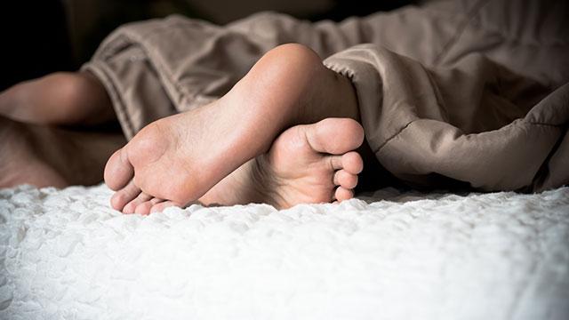 """「私って性欲が強いかも…」女性が""""性欲""""を感じるシチュエーション"""
