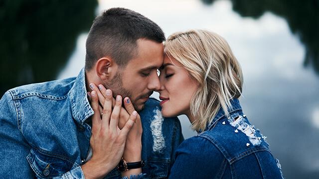 彼とキスをしたいなら!可愛くキスをおねだりする方法
