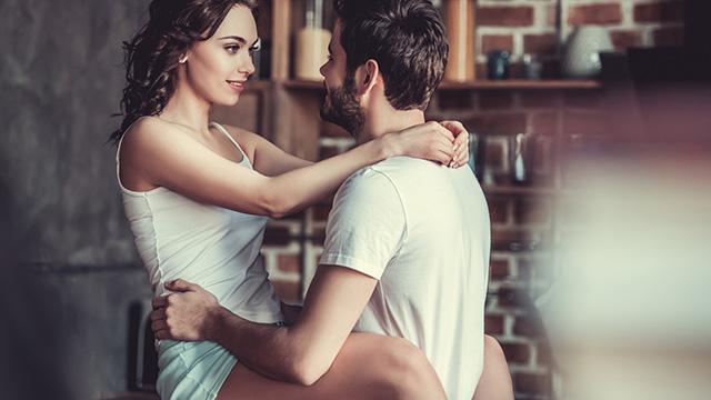 SEXを楽しむための努力してる?女子のエッチ情報収集手段とは?