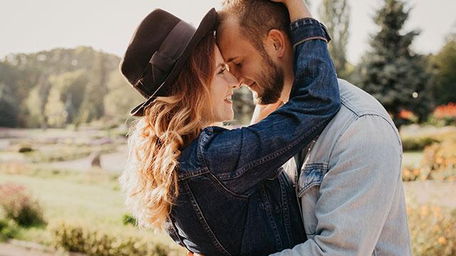 女性は恋をするとキレイになる!男性は恋をするとどうなる?