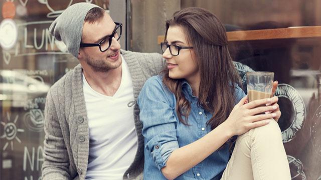 好きって気持ちは伝染する!「ミラーニューロン」を利用した恋テク