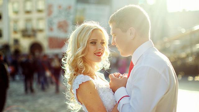 5月23日はキスの日♡彼をキュンとさせるキス直後の仕草って?