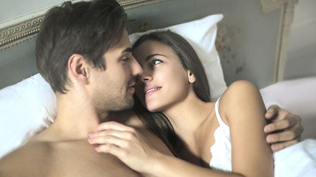 セックス中に「別のこと」を考えちゃうなら…集中できない原因と対処法!