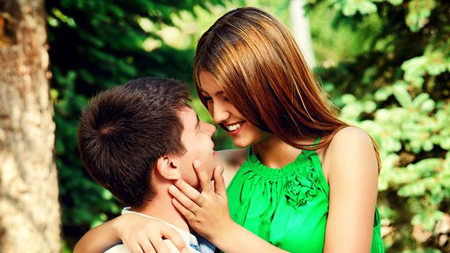 男性の好みに変身して恋愛対象になる!タイプ別、惚れる女性9パターン