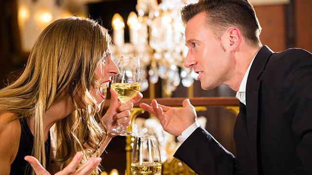デートで「もう二度と奢りたくない!」と男性に思われてしまう女性のNG言動