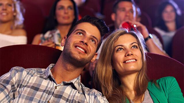 カップルに定番のスポット!映画館デートを成功に導く3つのポイント