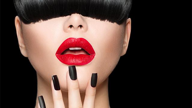 男性が色気を感じる「思わずキスしたくなる」女性の唇