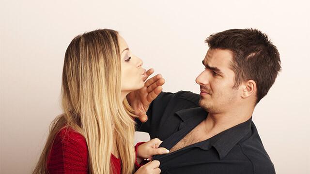 男性が女性の性欲にドン引きした瞬間。性欲の強い女性の特徴って?