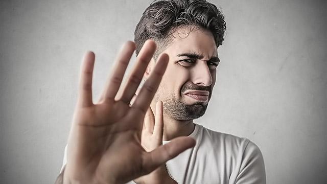 男性が生理的に受け付けない女性の特徴とは?
