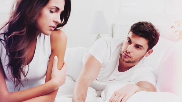 女性がゲンメツする言葉とは?男性の「夜のNGワード」7パターン