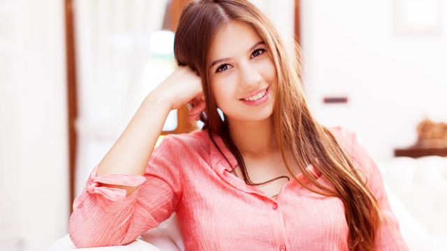 男性から惚れられる女性に共通する特徴とは?