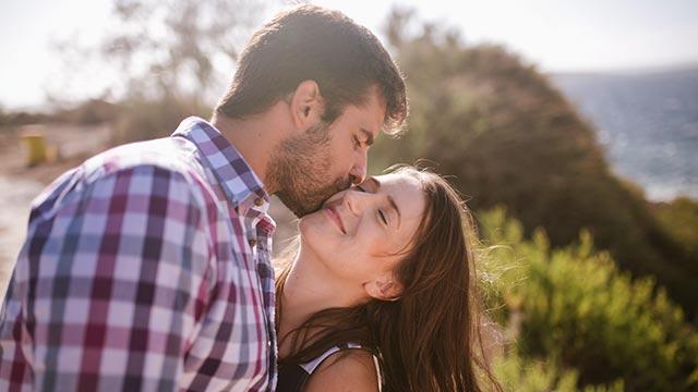 キスがもたらす効果は絶大!カップルの愛情を深める心理的効果♪