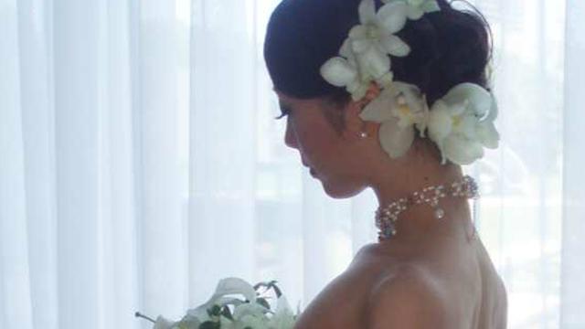 後れ毛を作らない派の花嫁さんへ!クラシカルな上品ウェディングヘア4選♡