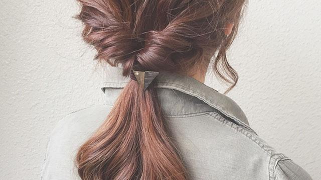 湿気で髪がぺったりしがち…!梅雨におすすめのボリュームが出るヘアアレンジ7選