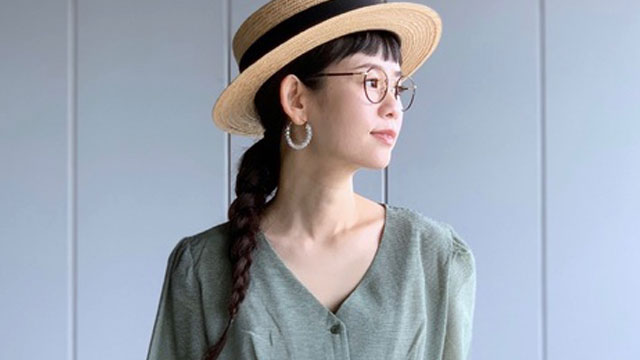 """夏コーデは""""メガネ""""でこなれ感を演出♡オシャレ上級者になれるコーデ特集"""