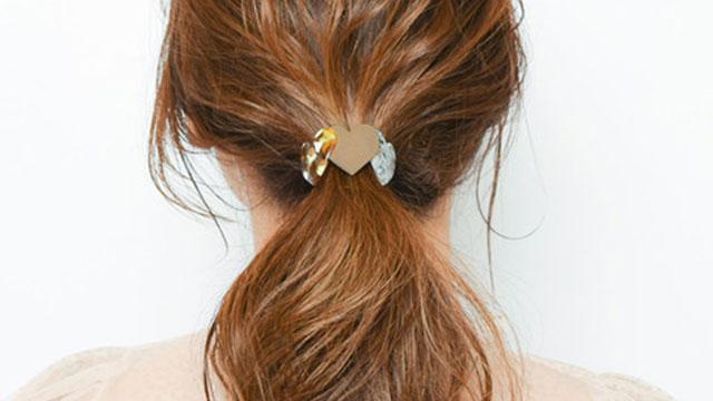 """""""べっ甲デザイン""""でヘアスタイルに秋っぽさを取り入れる♡大人可愛いヘアアクセサリー4選"""