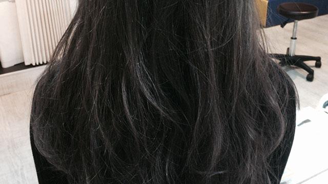"""黒髪に染めるのはちょっと待って!暗髪なら自然に見える""""グレー""""がおすすめ♡"""