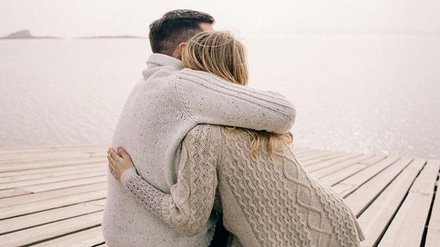 遠くにいても繋がっていたい♡遠距離でも長く続く秘訣って何?