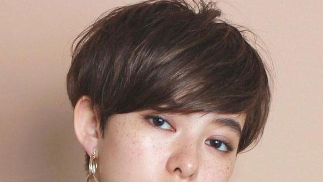 """""""厚めバング""""できれいめスタイルに♡大人女子こそ似合う厚めバングのショートヘア特集"""