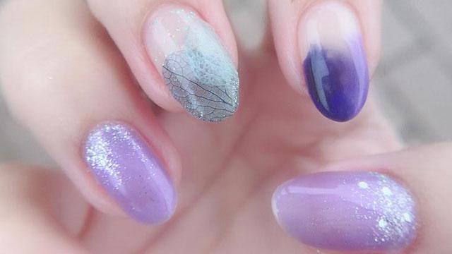 セルフでも簡単♡透明感溢れる【紫陽花カラーネイル】で指先を大人顔に。