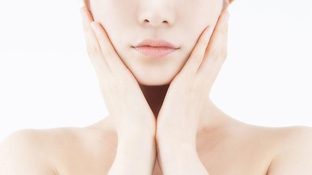 洗顔後は炭酸水でパッティング!透明美肌が叶う♡