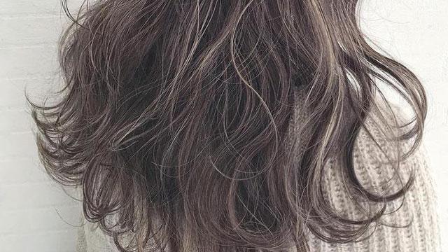 ふんわりヘアも自在に作れる♡ヘアアイロンの使い方をマスター!