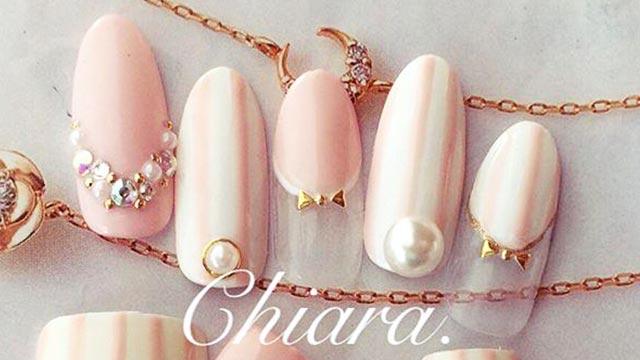 女性らしさは指先から♡ガーリーネイルはピンクとパールで完成!