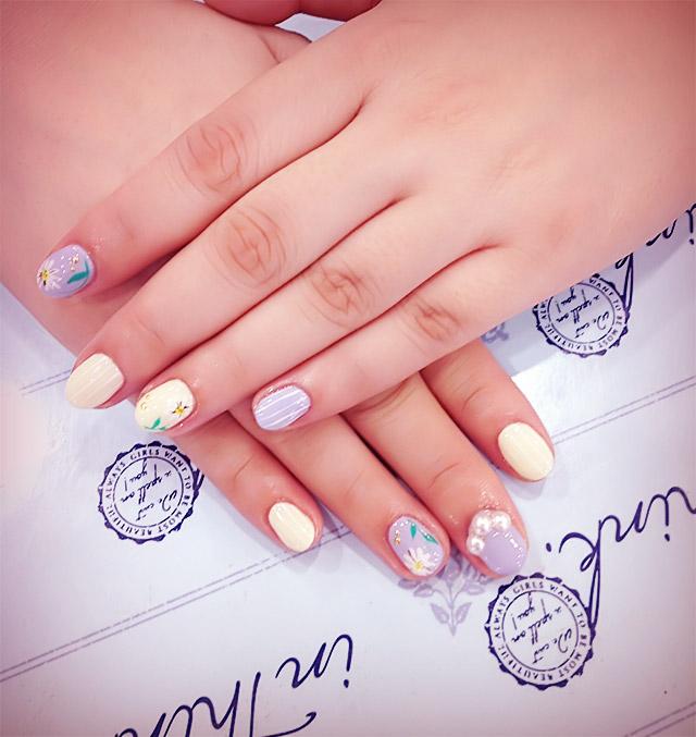 spring girly nail