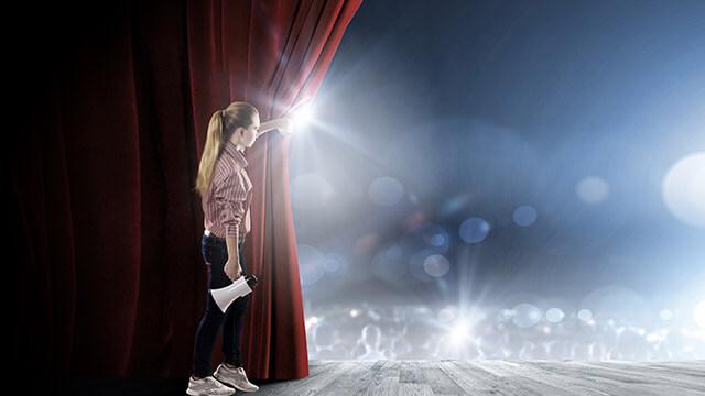【目立ちたがり屋指数診断】あなたは舞台の上で…?