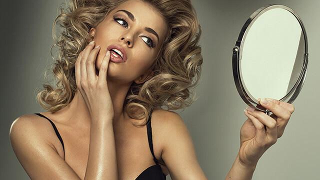 【ユニーク度診断】不思議な鏡を手に入れた