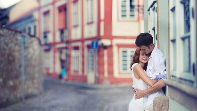 【恋のライバル診断】いちゃついてるカップルを発見