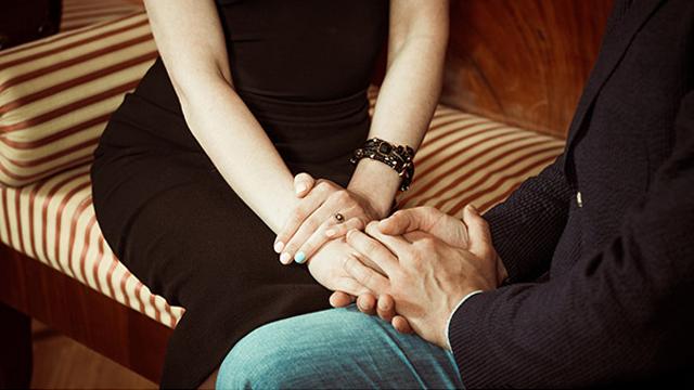 【浮気指数診断】恋人がいるのに、好みの人から告白された!どうする?