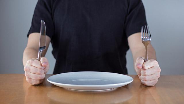【恋愛パターン診断】気になるあの人の食べ方のパターンはどれ?