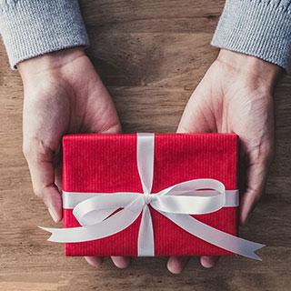 付き合う前の彼に贈りたい!喜ばれるクリスマスプレゼント5選♡