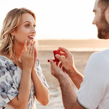 結婚したいけど煮え切らない態度の彼にイライラ!結婚する方法は?