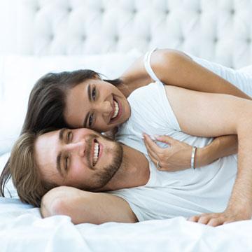 彼が寝起きに彼女にされたいこととは?要注目のものはこの5つ♡