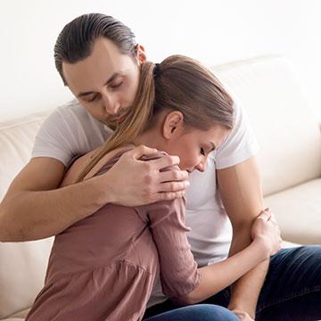 彼氏を甘やかしすぎちゃダメ!恋人をダメ男にする要注意な行動5選