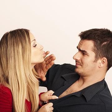自分に悪影響を与える恋愛の仕方って?NGな行動の特徴5選!