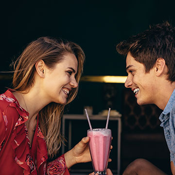 初対面の男性と仲良くなりたい!好印象を与える5つのポイント♡