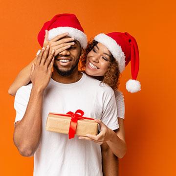 クリスマスに彼氏を驚かせたい!おすすめのサプライズ5選