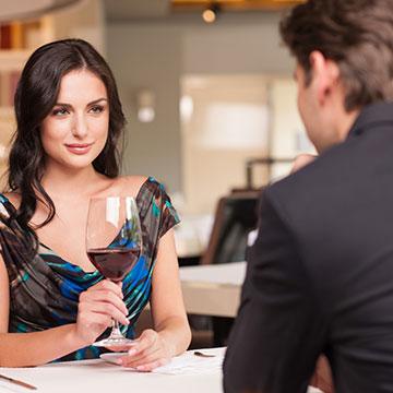 あてはまるなら新しい恋を探そう!関係の進展が期待できない男性の特徴