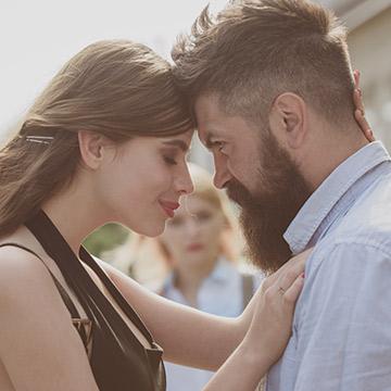 早々に恋愛対象外にされてない?初対面の男性が出す脈なしサインとは