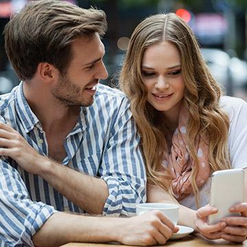 次に会うのが楽しみ!男心を強く刺激する女性の5つの特徴