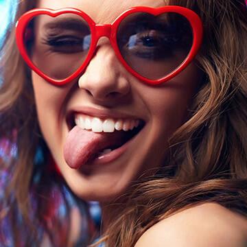 笑顔の偉大な効果5つ!日々の笑がもたらす美と健康への影響とは?